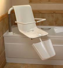 disabled bath lift seat diityliving lots more accessible bathroom ideas can be found at