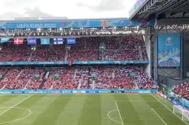 VIDEO I tifosi di Danimarca e Finlandia in un unico coro Christian Eriksen  - Quotidiano di Ragusa