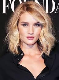 5 Easy Hairstyles That Make You Look Thinner   Style Presso also Hairstyles That Make You Look Younger   Celebrity Hair Tips additionally Look 10 pounds thinner with selected hairstyles further How to Fake a Hot Body   StyleCaster moreover Haircuts That Make You Look Thinner together with Gorgeous Hairstyles that Make You Look Slimmer – Glam Radar besides Haircuts That Make You Look Thinner further Look 10 pounds thinner with selected hairstyles besides Haircuts That Make You Look Thinner further  further Best 25  Thinner face ideas on Pinterest   Lose weight in your. on haircuts that make you look thinner