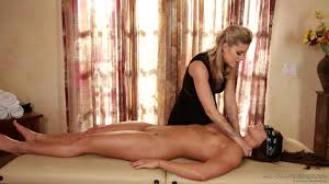 Muscular girl s first time lesbian massage Free Porn Videos.