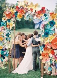 Paper Flower Archway 10 Paper Flower Backdrops In 2019 Paper Flowers Wedding