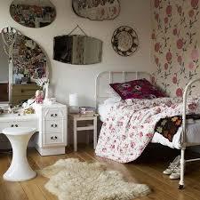 Teenage Girl Room Designs Small Rooms