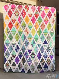 The Latest Jaybird Quilts Pattern: Set Sail! | Jaybird Quilts & This quilt is made from Fat Quarters and the Twin size is perfect to show  off all 25 in this collection!! (You may want more fabric if you would like  to ... Adamdwight.com