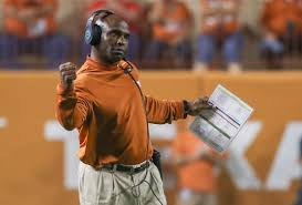 Usf Officially Hires Ex Texas Coach Charlie Strong Wtsp Com