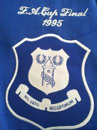 After the ruckus, everton offered their loyal followers the chance to pick a new badge. Everton Badge 1995 Nsno