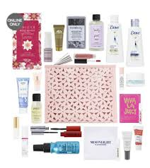 Ulta.com: FREE 22 Pc Beauty Bag with any $75 online purchase - Gift ...