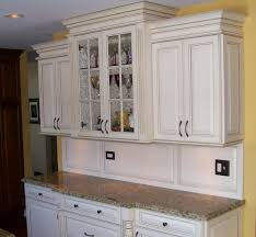 Under Cabinet Molding Macgyver Development Kitchen Photos Click For A Closer Look
