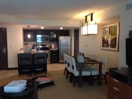 Charming Oceanaire Resort Hotel: Den And Kitchen One Bedroom Suite