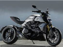 There are two variants of the ducati diavel 1260: Ducati Diavel 1260 India Launch Soon Zigwheels
