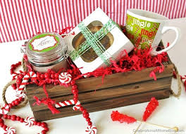 If you enjoy making your own gifts to give, here is a sweet gift idea  perfect for teachers, co-workers, hostesses, or friends.
