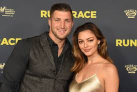 Tebow became an sec legend at. Tim Tebow Marries Former Miss Universe In South Africa New York Daily News