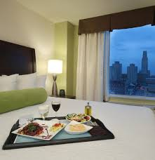 room service room service blade cathedral king welcome to the hilton garden inn pittsburgh university place