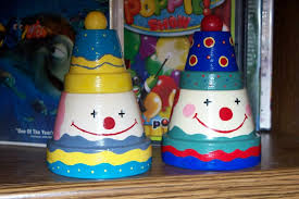 clown clay pots