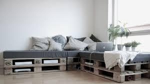 Preciosa Terraza Decorada Con Palets  Muebles Con PaletsSofa Cama Con Palets