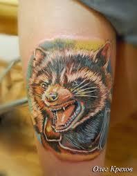 татуировки иероглифы на шее