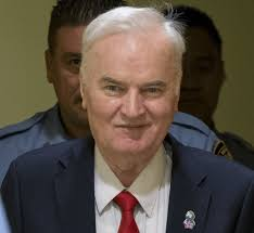 """Il """"boia di Srebrenica"""" Mladic è stato condannato per genocidio e crimini  contro l'umanità"""