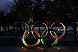 """طوكيو ملتزمة بإقامة الألعاب الأولمبية في موعدها وتنفي """"بشكل قاطع"""" التقارير  عن إلغائها"""