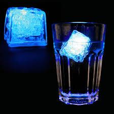 Leuchtender Led Eiswürfel