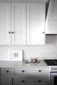 glass tiles for kitchen backsplashes uk ideas