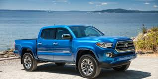 Toyota recalls quarter-million Tacoma pickups over oil leaks