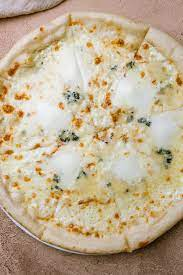 garlic white pizza sauce under 10