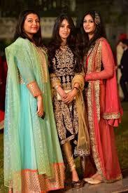 Pakistani Designer Khada Dupatta Pin By Hina Sami On Fashion Party Wear Dresses Indian