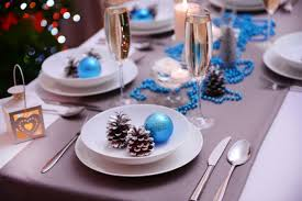 white blue festive table decorations Christmas blue accents pinecone In the  plate .