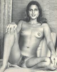 Nude Girls Retro