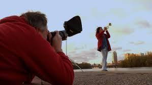 outdoor lighting photography equipment. outdoor portraits lighting photography equipment