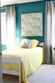 yellow and gray bedroom wall decor 6