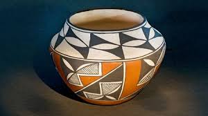 Navajo pottery designs American Bowl An Example Of Storage Jar From Early Acoma Indian Pueblo Pottery In New Mexico The Spruce Crafts Guide To Native American Pottery
