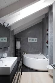 Bathroom:Traditional Style Bathroom With Clear Glass Shower Divider Ans  Stone Tiles Wall Also Slope