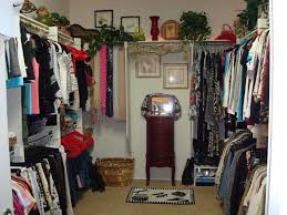 organize decorate your closet today