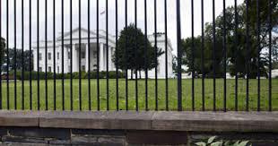 واشنطن - اعتقال رجل بتهمة التعدي على البيت الأبيض