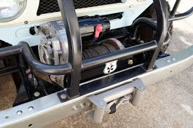 winch question ihmud forum the warn 5687 is a great winch a feature that is nice and went away the 8274 is spooling rather than power in and power out
