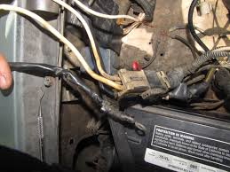 help wire q s big electrical issues nissan forum nissan the white wire is im guessing the dash electricals i hear the dinging inside the truck when i jam the white wire into the empty slot on that clip and