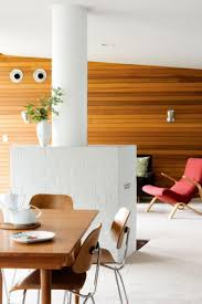 Wood and white. Mid Century ...