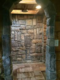 Eagle Creek Escape Guest Cottages: The stone walk in shower