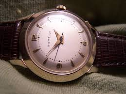 men wearing small watches i don t usually look at the wrist to determine if someone is a lady or a man