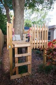 Small tree house blueprints Homemade Instead Of Treehouse Build Diy Tree Fort Kids Love Multiple Entrances And Exits Pinterest Instead Of Treehouse Build Diy Tree Fort Kids Love Multiple