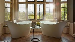 no need to share the foxhill manor oak suite features not but two