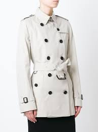 burberry women s kensington short trench coat stone coloured