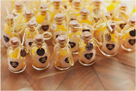 Brilliant Ideas For Wedding Party Favors 1000 Images About Wedding Favors  On Pinterest Wedding Favors