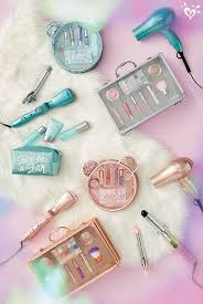 justice makeup box. her kind of beautiful. signature holiday sets and accessories from our exclusive just shine collection justice makeup box r