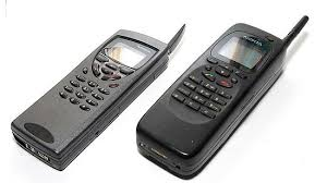 nokia phones 2000. antennas were shortened and the designs modified; features also upgraded. above image shows nokia 9000 which was one of most popular phones 2000