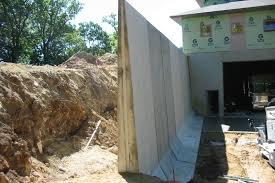 precast concrete retaining wall 16 ft l panel