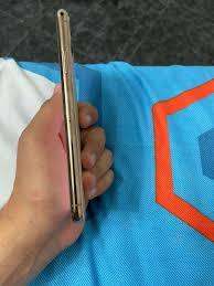 Se vende iphone 11 pro max 256 gb con factura de la ishop - Teléfonos -  Celulares - 1108740354