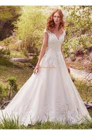 Die besten 25+ Hochzeitskleider aus Satin Ideen auf Pinterest ...