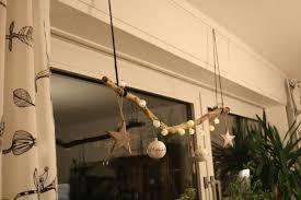 Weihnachtsdeko Im Fenster Stock Mit Lichterkette Kugeln