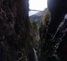 Die frische bergluft der alpen, kristallklares bergwasser und eine grandiose bergkulisse warten auf sie. Hollentalklamm Hollentalangerhutte Und Kreuzeck